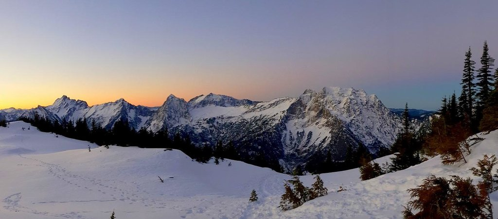 Dawn from Mount Dickerman