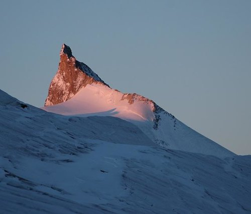 Sunrise on Zinalrothorn....