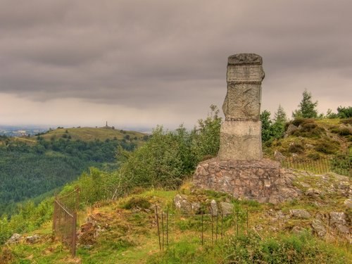Moel y Golfa summit monument