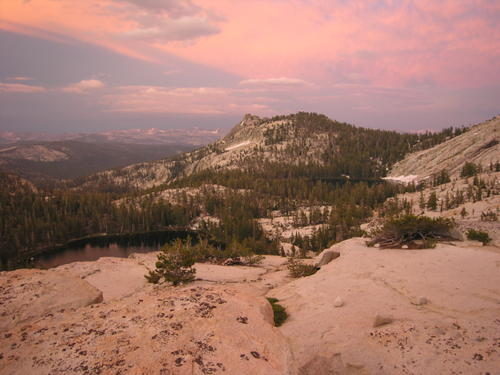 Alpenglow on Dogtooth Peak