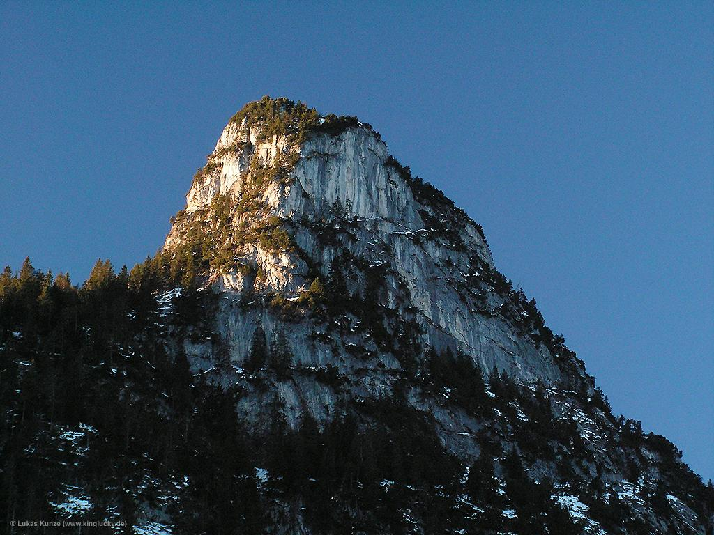 Early morning sun on Kofel