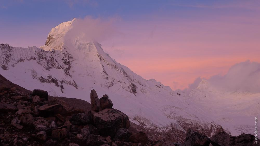 Alpenglow on SE Arete (and SE face) - Artesonraju